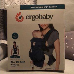Ergobabg Omni 360 Baby Carrier